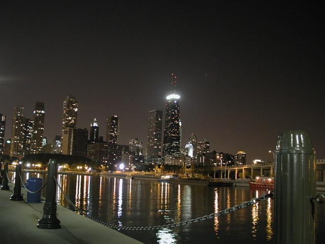 chicago-5-1464930-640x480